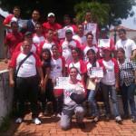 Voceros y Voceras del Congreso Bicentenario de Estudiantes con su certificado de participación