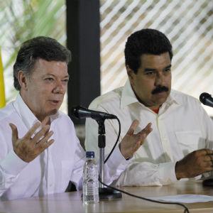 Maduro-y-Santos2