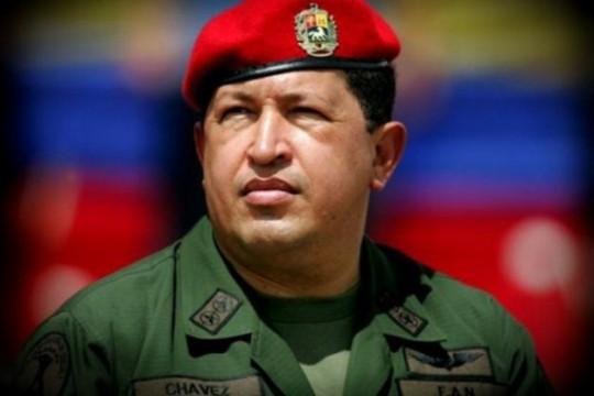 2Hugo-Chávez