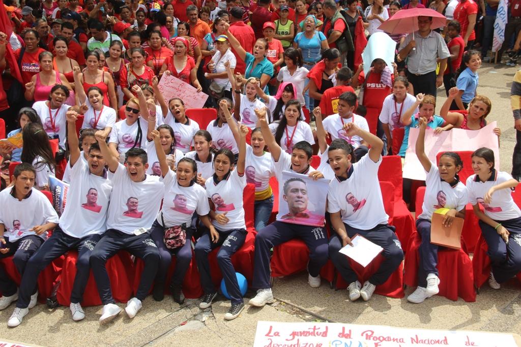 Encuentro de Jóvenes brigadistas afianza vocación comunitaria y ejemplo de Robert Serra