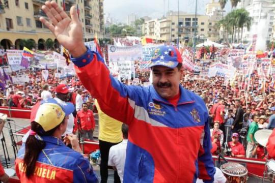 Nicolás-Maduro11