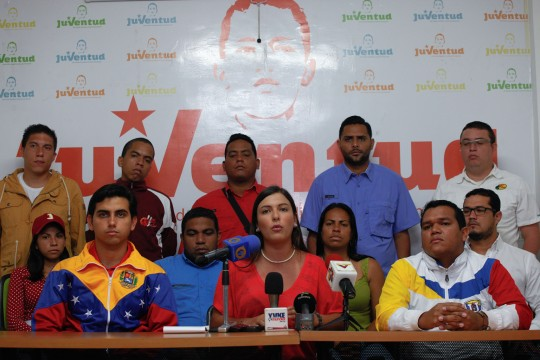 Rueda-de-prensa-de-la-juventud-del-Partido-Socialista-Unido-de-Venezuela-fotos-Miguel-Moya-30032016-6