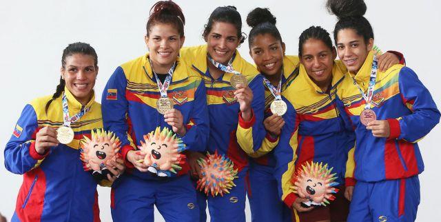 medallaslucha_femenina1510659126